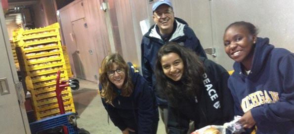"Volunteers helping to ""rescue"" food!"