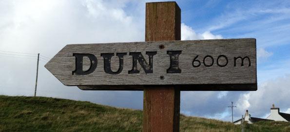 Hiking Path to Dun I