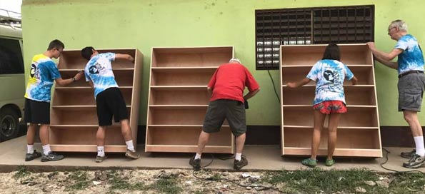 Building book cases (2017)