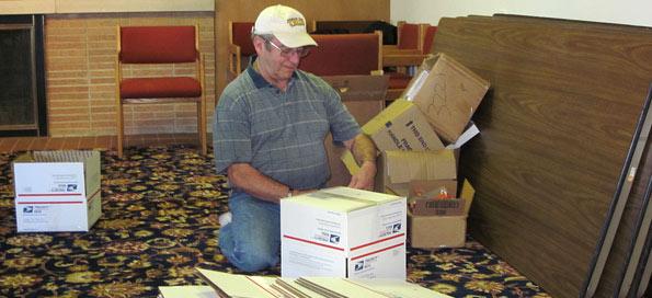 Sealing boxes to go overseas